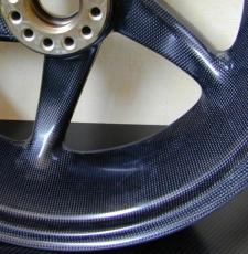 Dymag Carbonradsatz in 3.50 / 6.00-17 für Honda VFR 1200 10-17