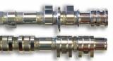 Die zwei Nockenwellen (16 Ventiler/16 Nocken) der VFR 1200 F/DCT Superfinish behandeln